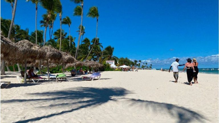 Teletext Holidays investigated over missing Covid refunds