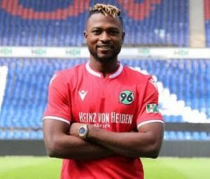 Patrick Twumasi ruled out of action for weeks after latest injury