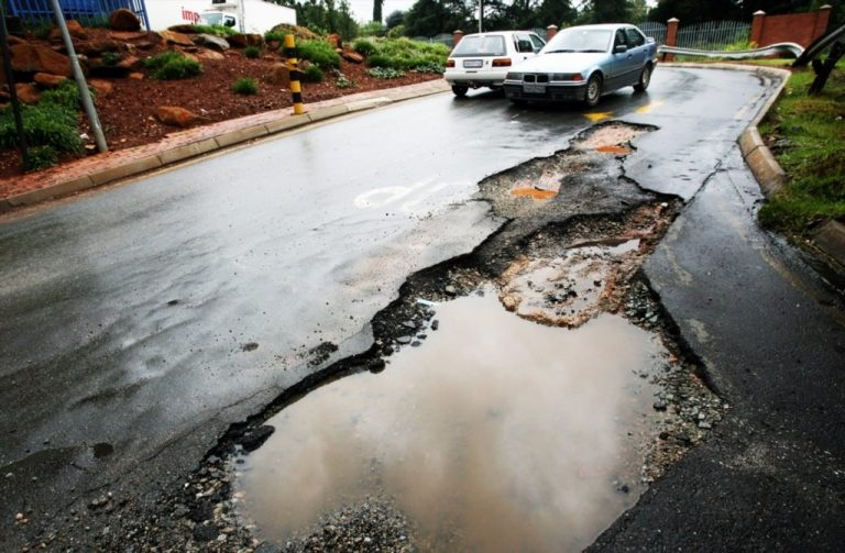 Insurance snitch units on cars are going to help fix Johannesburg's potholes