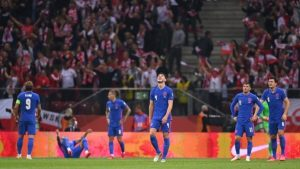 Poland 1-1 England: Painful final minutes for England but they edge closer to Qatar 2022